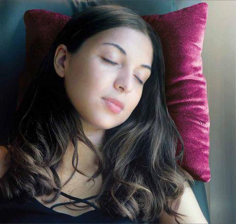 Sharper Image Hypoallergenic Plush Vibrating Pillow - image 2 of 2
