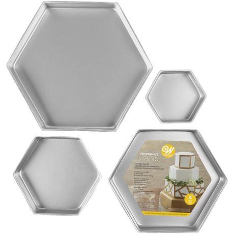 Wilton Ensemble de moules pour 4 gâteaux hexagonaux étagés Performance Pans - image 1 de 2