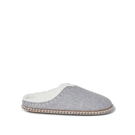 Canadiana Ladies' Cabin Slippers - image 1 of 4