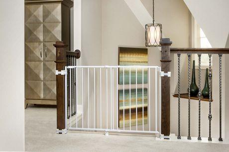Barri re de s curit ajustable regalo pour haut d 39 escalier walmart canada - Barriere de securite haut d escalier ...