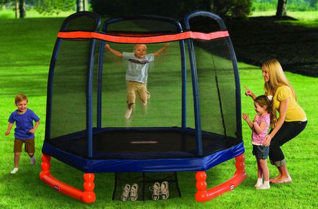 Little Tikes 7' Trampoline with Safety Enclosure - image 2 of 3