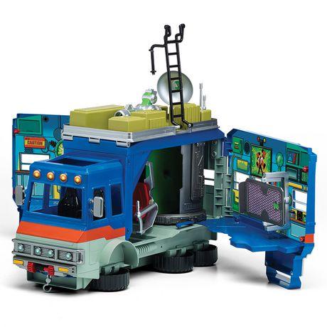 Ben 10 Rustbucket Deluxe Transforming Vehicle to Playset