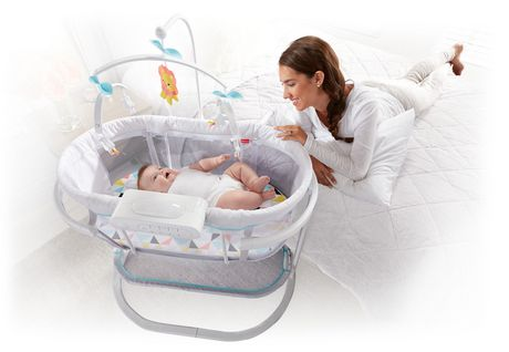 Fisher-Price Soothing Motions Bassinet - image 4 of 9