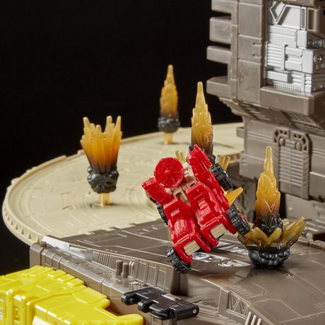 Transformers Generations War for Cybertron Titan WFC-S29 Omega Supreme Action Figure - image 6 of 9
