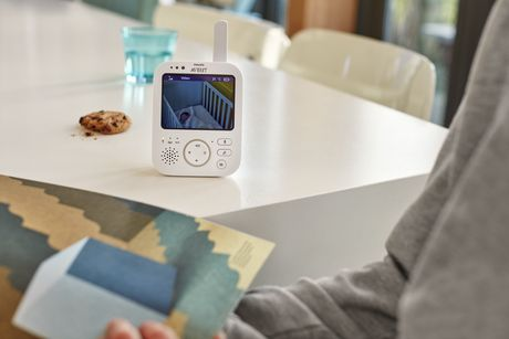 Philips Avent Digital Video Baby Monitor - SCD630/37 - image 2 of 3
