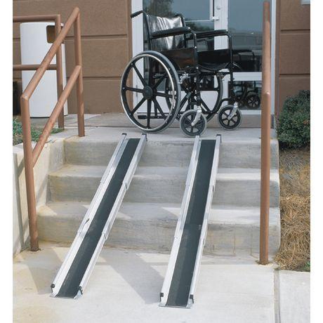 Rampes escamotables pour fauteuils roulants DMI - image 2 de 5
