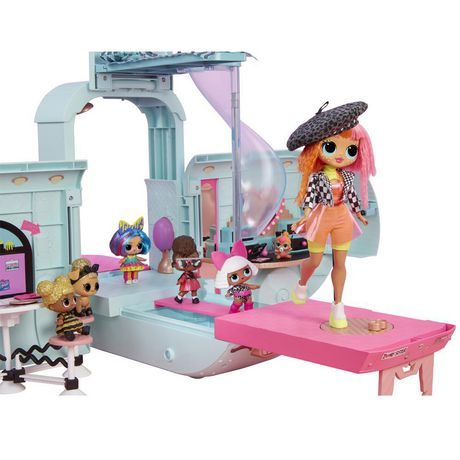 L.O.L. Surprise! 2-in-1 Glamper Fashion Camper with 55+ Surprises including Exclusive Doll - image 7 of 9
