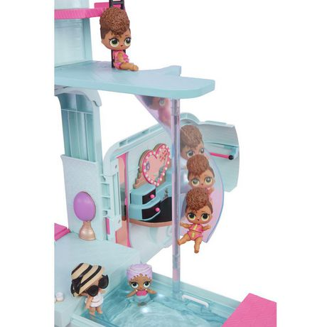 L.O.L. Surprise! 2-in-1 Glamper Fashion Camper with 55+ Surprises including Exclusive Doll - image 3 of 9