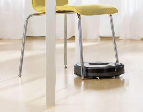 iRobot Roomba 620 Vacuuming Robot - image 5 of 6