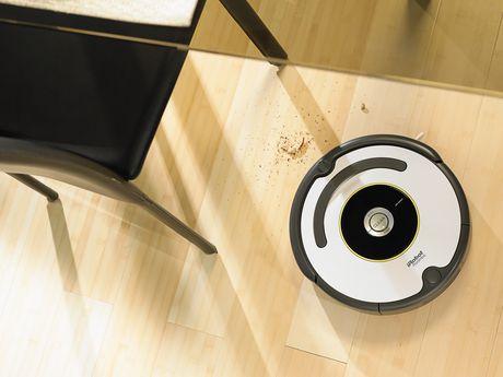iRobot Roomba 620 Vacuuming Robot - image 3 of 6