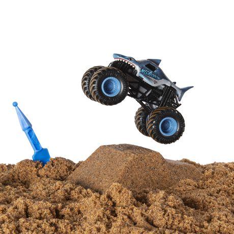 Monster Jam, Megalodon Monster Dirt Starter Set, Featuring 8oz of Monster Dirt and Official 1:64 Scale Die-Cast Truck - image 5 of 7
