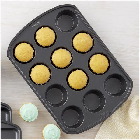 Wilton Baker's Choice Non-Stick Bakeware Standard 12-Cup Muffin Pan - image 4 of 5