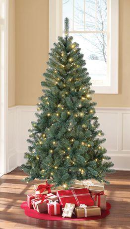 Holiday Time Sonoma Pine Tree