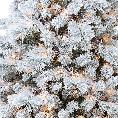 Sapin de saupoudré de blanc Holiday time - image 4 de 5
