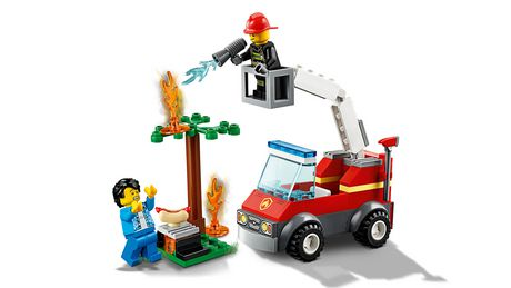 LEGO City Barbecue Burn Out 60212 Building Kit (64 Piece) - image 4 of 5