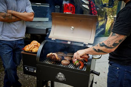 Pit Boss 340 Portable Tailgate/Camp Pellet Grill - image 5 of 6