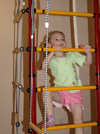 Limikids Comet-2.06 Home Gym - metal rungs covered with plastic with massage bumps- Blue-yellow - image 4 of 9