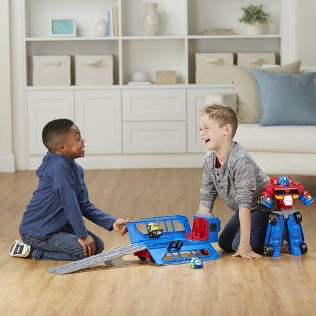 Playskool Heroes Transformers Rescue Bots Flip Racers - Optimus Prime Remorque et piste de course - image 4 de 4