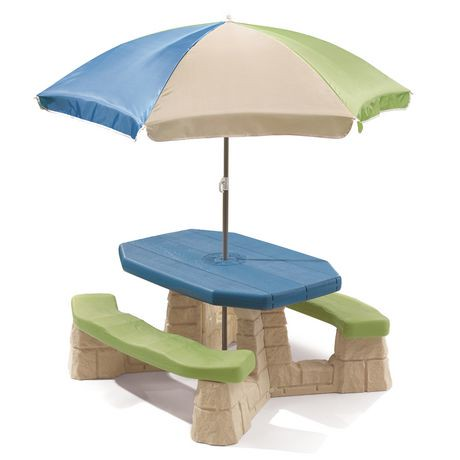 Step2 Naturally Playful Picnic Table With Umbrella Playset