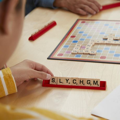 Scrabble Crossword Game - English - image 5 of 5