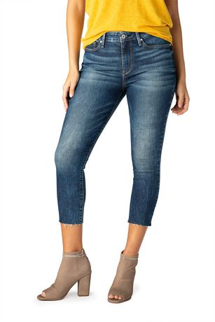 d6606036eb2a3 Signature by Levi Strauss   Co. Women s High Rise Ankle Skinny Cut off Jeans  ...