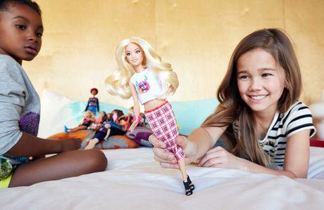 Barbie Fashionistas 31 Rock 'n' Roll Plaid Petite Doll - image 2 of 6