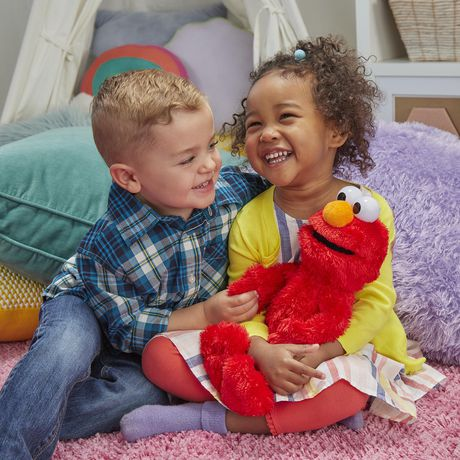 Sesame Street Love to Hug Elmo Plush Toy - image 3 of 7