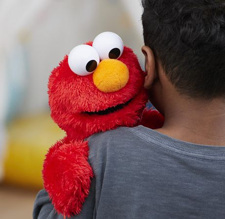 Sesame Street Love to Hug Elmo Plush Toy - image 7 of 7