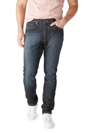 Signature by Levi Strauss & Co. Men's Regular Taper Jeans - image 1 of 3