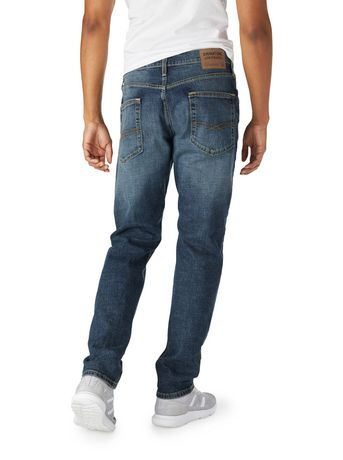 Signature by Levi Strauss & Co. Men's Regular Taper Jeans - image 2 of 3