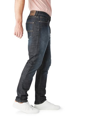 Signature by Levi Strauss & Co. Men's Regular Taper Jeans - image 3 of 3