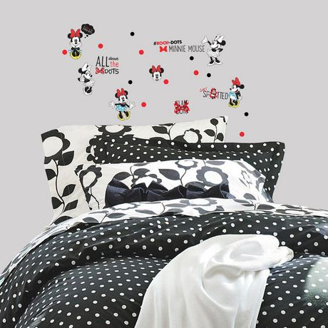 RoomMates Minnie Rocks The Dots Peel And Stick Wall Decals - image 1 of 2