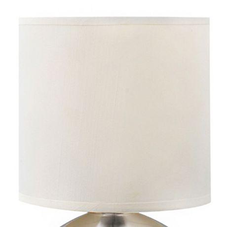 Lampe de table avec abat-jour en fausse soie blanche et base métal nickel brossé (ensemble de 2), Cresswell - image 2 de 9