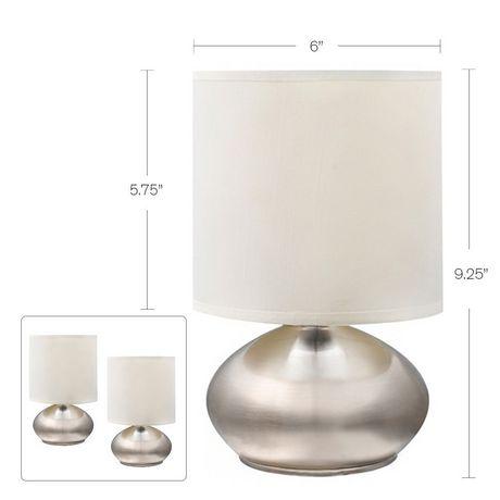 Lampe de table avec abat-jour en fausse soie blanche et base métal nickel brossé (ensemble de 2), Cresswell - image 4 de 9
