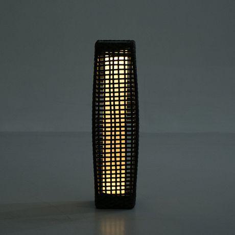 Outsunny Rattan Solar Powered Led Standing Floor Light