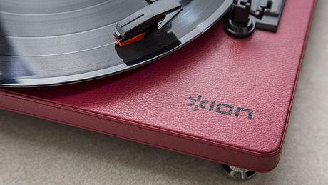 ION Audio Compact LP | Plate-forme de conversion USB à 3 vitesses à économie d'espace - image 4 de 6