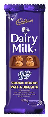 Barre de chocolat au lait pâte à biscuits Chips Ahoy! Diary Milk de Cadbury - image 1 de 3