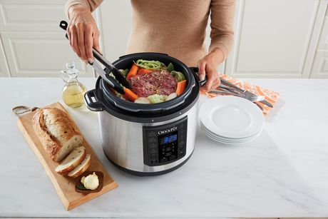Crock-Pot 6Qt 8-in-1 Multi-Use Express Pot Programmable Pressure Cooker - image 7 of 8