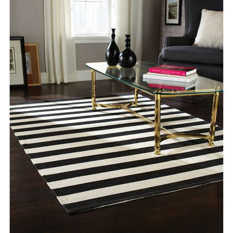 Home Trends Area Rug 4 Ft 11 In X 6 Ft 9 In Black