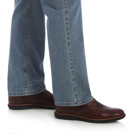Wrangler Men's Performance Series Regular Fit Jeans - image 4 of 7