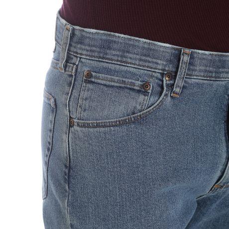 Wrangler Men's Performance Series Regular Fit Jeans - image 5 of 7