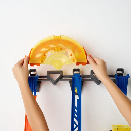 Hot Wheels Track Builder Vertical Launch Kit - image 4 of 6