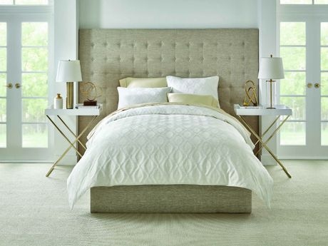 Hometrends Hotel Collection Jacquard Comforter Set