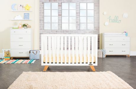 Child craft forever eclectic soho 4 in 1 convertible crib for Child craft soho 4 in 1 convertible crib in natural