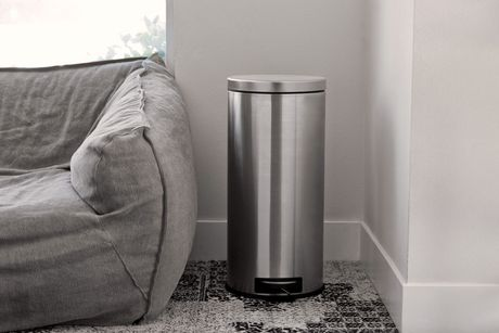 Nine Stars CB-SOT-30-1/5-1, 7.9/1.3 Gal Step-on Trash Can Combo - image 4 of 5