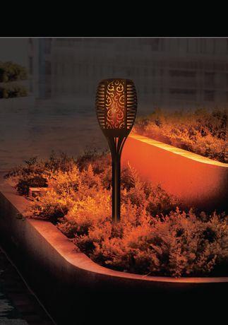 Sharper Image Solar Flame Torch Garden Light - image 3 of 4