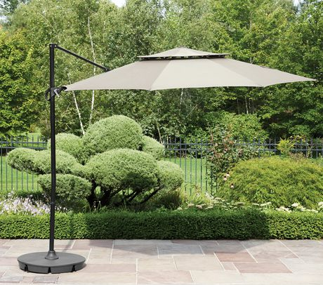 hometrends Round Offset Umbrella and Base - image 1 of 9