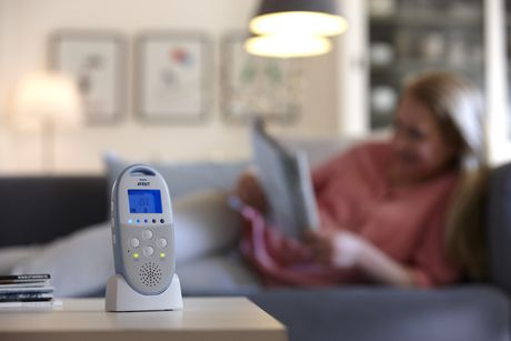 PHILIPS Avent Dect Baby Monitor - SCD570/10 - image 5 of 7