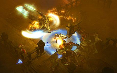Diablo III: Eternal Collection (Xbox One) - image 3 of 5