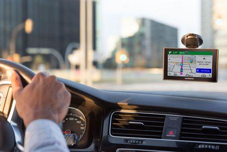 Garmin Drive 51 LMTS 5 GPS Navigator US Canada Walmart Canada